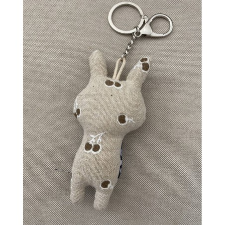 Porte clé original petit lapin en tissu beige