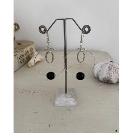 Boucles d'oreilles fantaisies perle noire et breloque