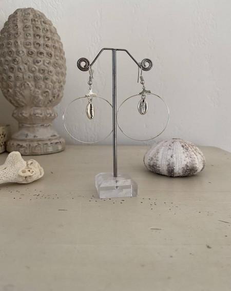 Boucles d'oreilles créoles fantaisies coquillage métal