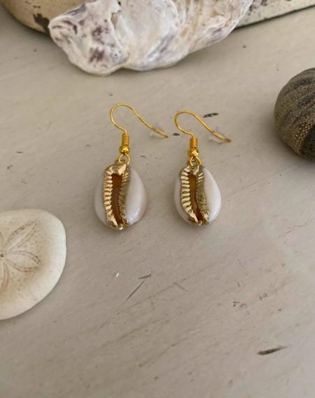 Boucles d'oreilles coquillages dorées