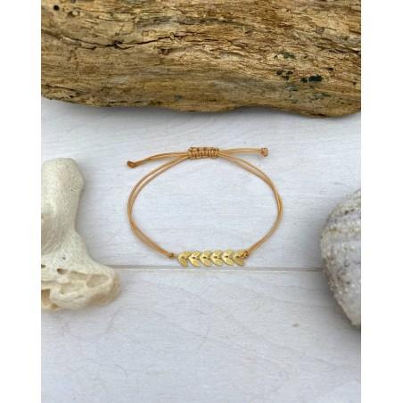 Bracelet fil camel au pendentifs feuilles