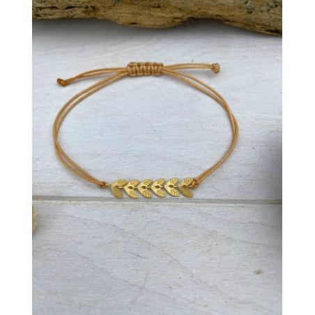 Bracelet cordon camel au pendentifs feuilles