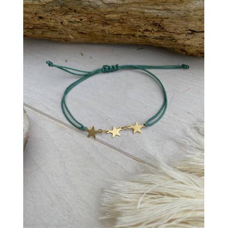 Bracelet cordon vert à étoiles dorées