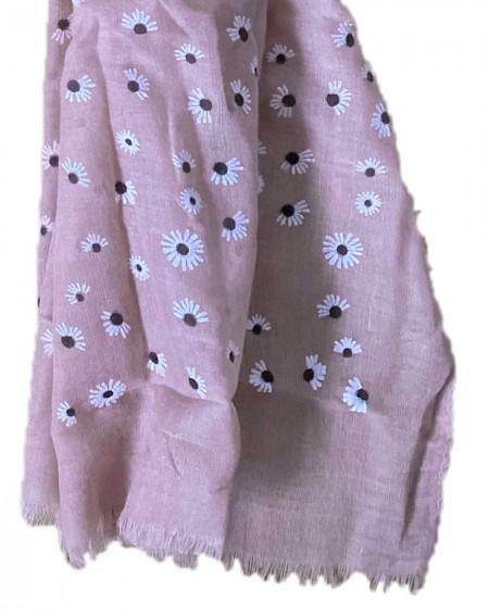 Foulard rose aux motifs fleurs