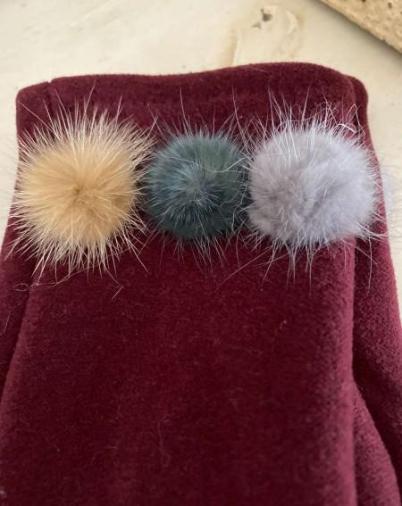Gants femme coloris bordeaux aux 3 pompons