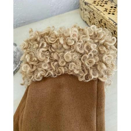 Gants femme coloris beige avec moumoute style mouton frisé