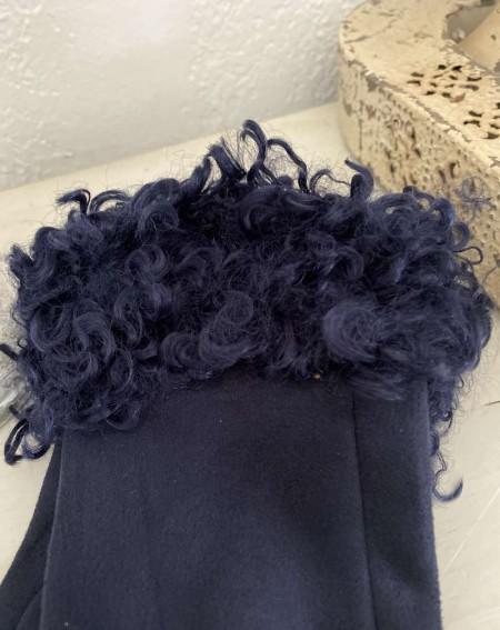 Gants femme coloris bleu marine avec moumoute style mouton frisé