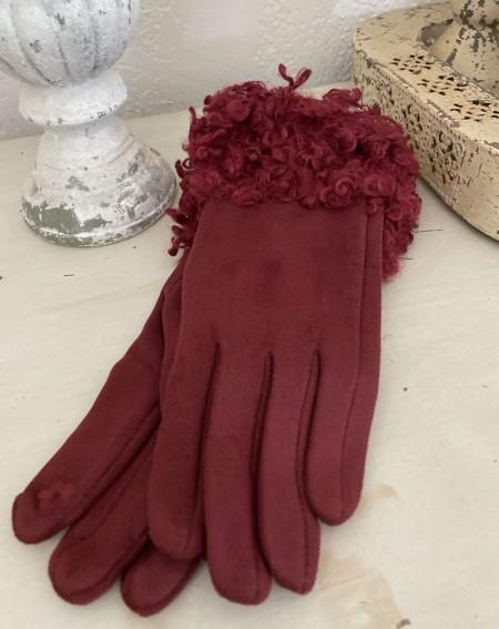 Gants femme coloris bordeaux avec moumoute style mouton frisé