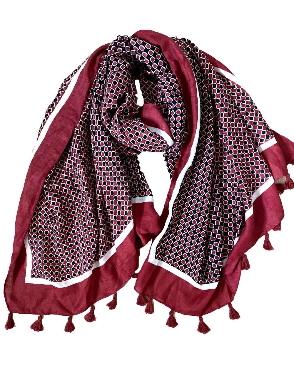 Étole à pompons pour femmes à motifs rouges et blancs