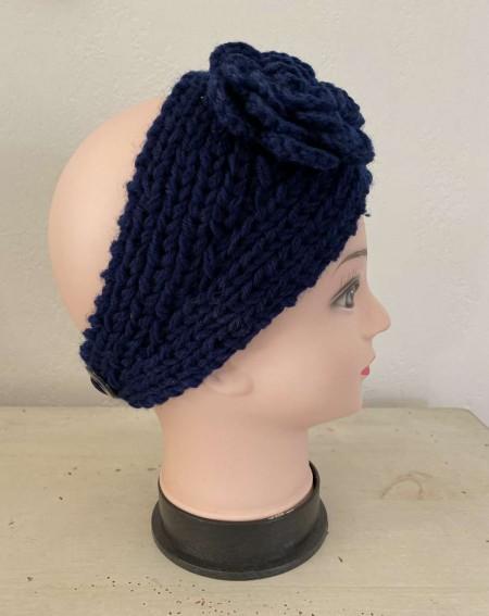 Serre tête à fleur et tendance coloris bleu marine