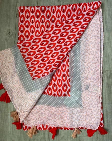 Foulard à pompons pour femmes, à motifs rouges